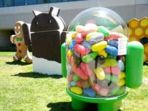 A major report broke out when Google unveiled an updated version of its Jelly Bean software, Android 4.3. The latest version comes with noticeable improvements and new features and is now available on all the latest editions of Nexus devices.    Leading the charge in the revamped Android is the support for Bluetooth Smart, called Bluetooth Low-Energy. The software also includes support for Bluetooth AVRCP 1.3. Users of Android 4.3 can now enjoy high performance realistic 3D graphics on their devices with support for Open GLES 3.0. Easing out parents' worry, this version includes an option to restrict profiles, limiting the access to apps and content. Users can also now easily and quickly switch profiles from the lock screen. Powered by Fraunhofer Cingo mobile audio technology, the virtual Surround Sound feature in this latest version lets users thoroughly enjoy movies and videos from Google Play on their Nexus devices. There's also Dial pad autocomplete feature, which suggests names and phone numbers on being touched. For international users, Google has included additional language support, translated in African, Amharic, Hindi, Swahili (Kiswahili) and Zulu (IsiZulu) languages in Android 4.3. There's also some improvement seen in keyboard, making it easier to write text. Detecting location will now be easy with the Android 4.3 when connected with Wi-Fi. Users of Android 4.3 can also easily detect disabled apps using a separate tab that's included in the version.  Media application developers can now easily integrate Digital Rights Management into their content streaming protocols using a latest DRM feature that's incorporated in the Android 4.3