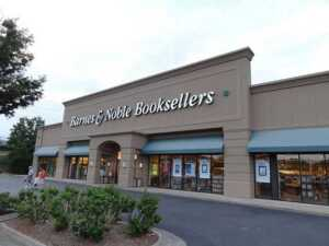 Barnes & Noble Joins Hands With Google To Knock Over Amazon