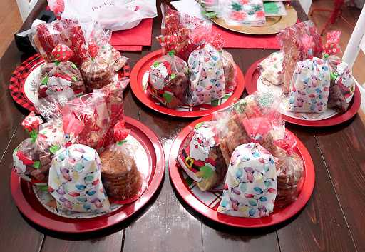 Bake Christmas Goodies