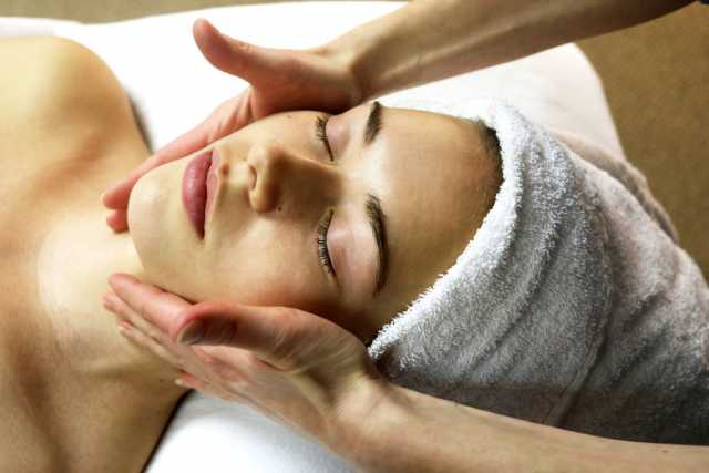 Traditional Facial & Micro-Needling